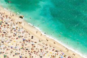 World Tourism Tops 1.1 Billion in 2014