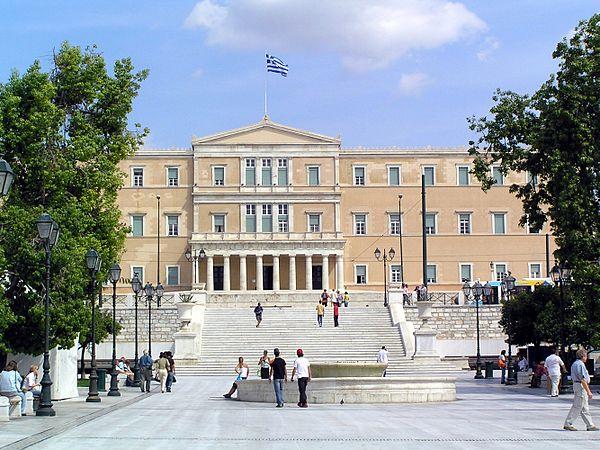 Grecia: Syriza, Alba Dorata e la necessità di un forte movimento nonviolento