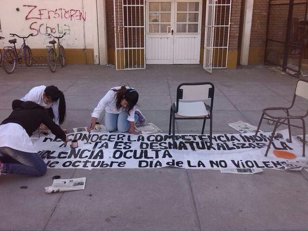 Argentina, Vila Regina: os jovens protagonizam uma mudança não violenta