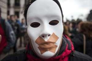 Reforma «express» del Código Penal en España. Retroceso grave de derechos y libertades