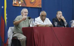 Charla «La agresión imperialista hoy» con Atilio Borón y Martínez Mendoza