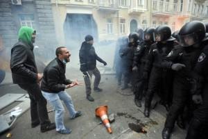 Ucraina: nuovo rapporto di Amnesty su torture
