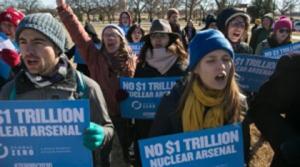 Manifestantes protestan en EEUU contra planes nucleares de Obama