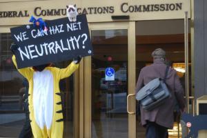Internet de banda larga é regulamentada como 'bem público' nos EUA