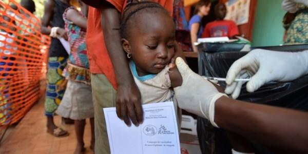 Vaccini: 7,5 miliardi di dollari non bastano