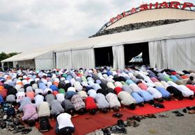 Lombardia. Stop dal Governo alla legge anti-moschee