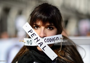 Spaniards refuse to be silenced despite new anti-protest law