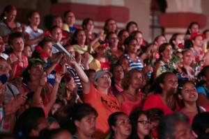 Miles de mujeres participan en histórico congreso en Venezuela para exigir el cese de la violencia de género