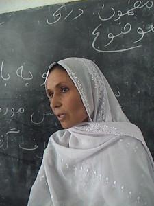 Afghanistan, Amnesty: governo e comunità internazionale voltano le spalle alle donne