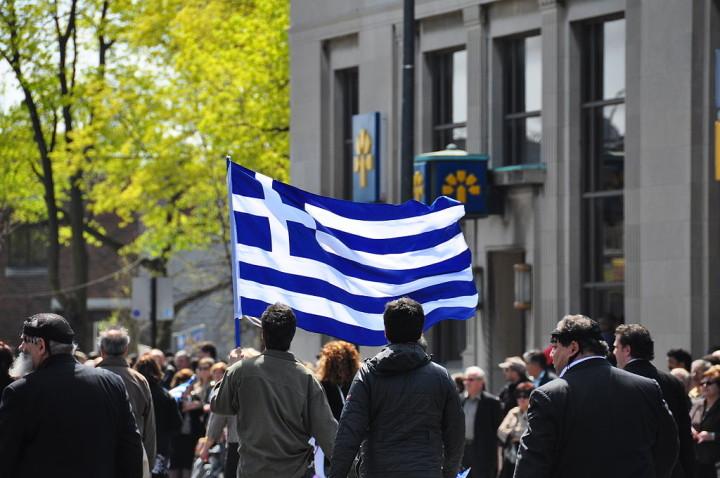 Tsipras: la Democrazia è una festa