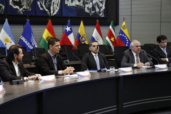 Regional meeting of news agencies starts in Quito at Unasur