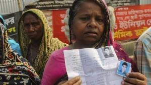 Las empresas no han indemnizado a las víctimas tras dos años del derrumbe de Bangladesh