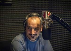 """Eduardo Febbro: """"Ponen bajo vigilancia a toda la sociedad al mismo tiempo que hacen negocios con los que financian a los terroristas"""""""