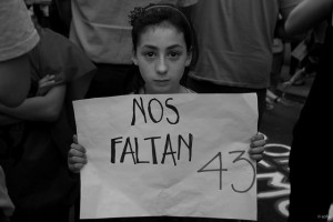 La #EuroCaravana43 de Ayotzinapa pasó por París