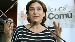 Ada Colau califica de «intolerable» que Barcelona esté hermanada con ciudades que tienen alcaldes homófobos