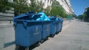 El Ayuntamiento de Madrid pide un camión extra para ocho contenedores más con documentos destruidos