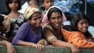 ¿Por qué huyen los rohingyas de Myanmar?