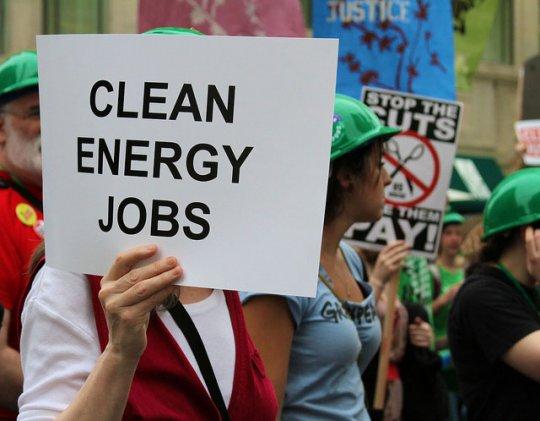 Face aux politiques d'austérité et au chômage : comment créer des millions d'emplois pour le climat