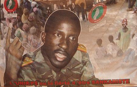 Burkina Faso, la vedova di Sankara torna in patria per testimoniare