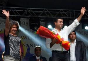 Turchia: svolta storica, Curdi in parlamento