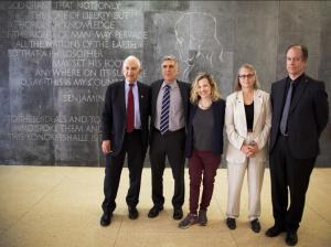 Whistleblower und Politiker sprachen über mehr Transparenz im digitalen Zeitalter der Massenüberwachung!