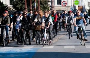 Le vélo meilleur que la voiture pour l'économie globale, démontre une étude