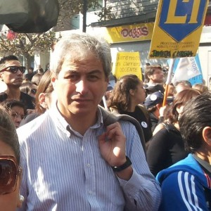 """Entrevista a Mario Aguilar: """"El Ministro Eyzaguirre es un soberbio. Expresa la vieja forma de manejo político con negociaciones a espaldas de la ciudadanía"""""""