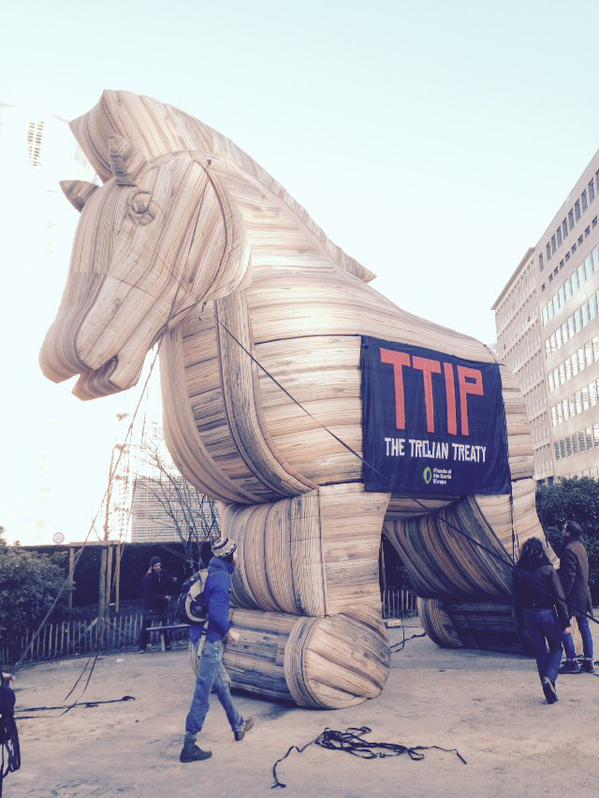 TTIP, BDS and the illegal settlements