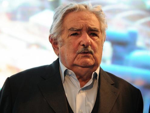 Mujica: 'a Alemanha de hoje manda e a Europa se cala'