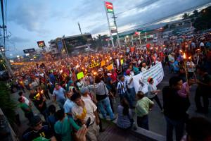 Los indignados y la corrupción en Honduras, entrevista con Leonel Ayala