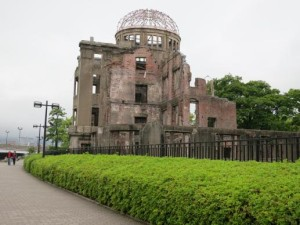 Iglesias buscan amplificar eco de Hiroshima y Nagasaki
