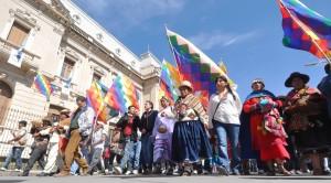 La Tupac Amaru y Pueblos Originarios ofrendaron, junto a vecinos y turistas, a la Pachamama en pleno corazón de Jujuy