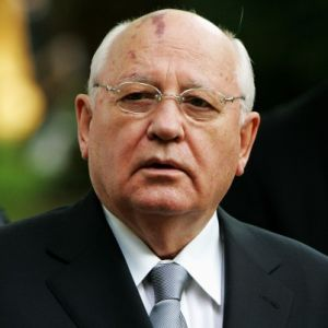 Mikhail Gorbachev: US Military 'Insurmountable Obstacle to Nuclear-Free World'