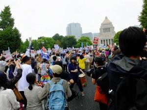 Giappone: colpo di stato che sveglia la democrazia
