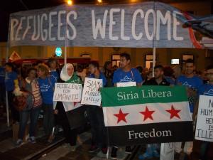 Italien: Barfußmarsch in Mailand mit 10.000 Teilnehmern
