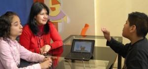 Investigadores hondureños desarrollan software que convierte voz en lenguaje de señas para sordos