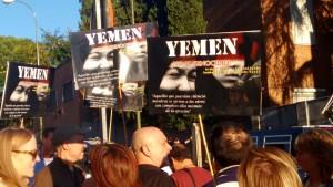 Reclamo por Yemen frente a la embajada saudí en Madrid