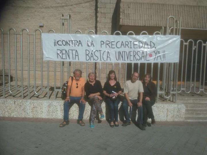 Encierro en Fuenlabrada por la Renta Básica Incondicional