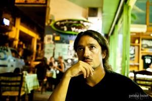 Grèce. Quatre Athéniens font bouger les consciences: Sergio [4/4]