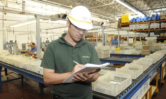 ACUMAR clausuró una empresa por contaminar el Riachuelo con cianuro