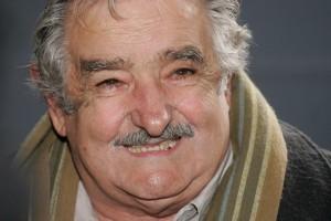 Uruguai: Frente Amplio toma Montevidéu enquanto Pepe Mujica anuncia sua retirada