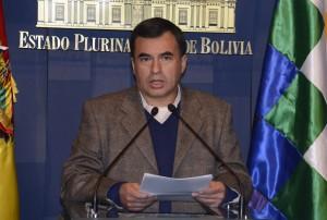 Quintana advierte que el presidente Evo Morales está en la mira de poderes internacionales