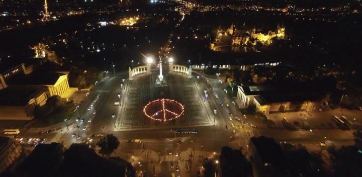 Internationaler Tag der Gewaltfreiheit in Budapest: Rebelliere gegen die Angst!