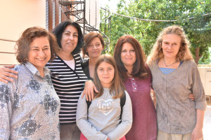 [Vidéo] Pressenza en tournage du documentaire interactif en Grèce : Qu'est-ce qui te donne la force?