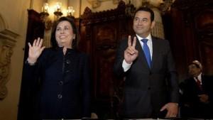 Guatemala elige entre un comediante y una ex primera dama