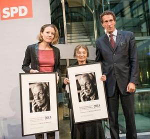 Gratulation zur Verleihung des 4. Internationalen Willy-Brandt-Preises für die ungarische Philosophin Agnes Heller und für die britische Journalistin Sarah Harrison