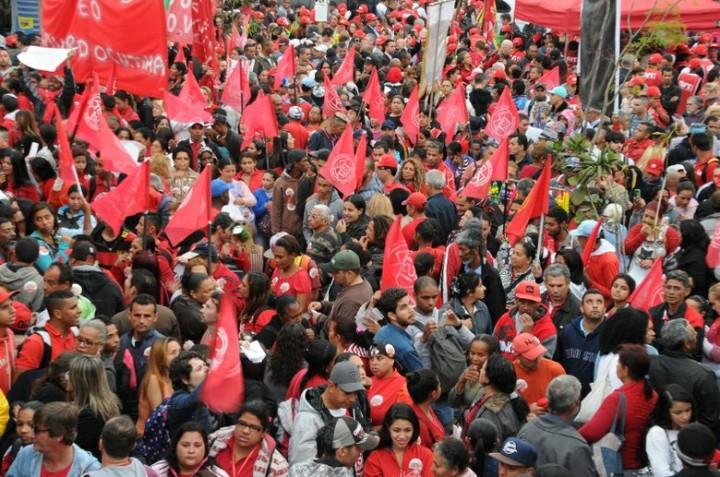 São Paulo – Movimentos e centrais lançam frente contra avanço conservador e pela 'retomada das ruas'