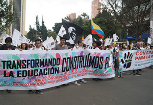 Mesa Social para la Paz, un nuevo campo de lucha para el movimiento social