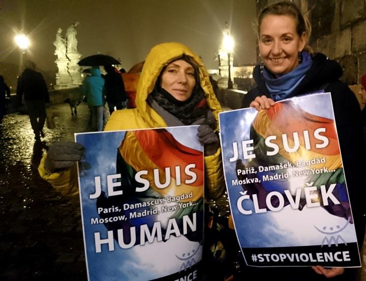 Manifestazione a Praga contro guerra e terrorismo