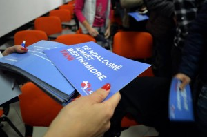 Students and professors in Albania mobilise to promote nuclear weapon ban